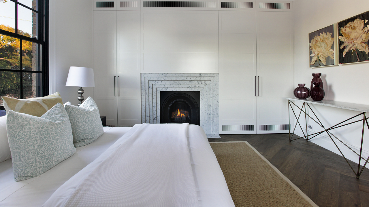 fireplace in house bedroom